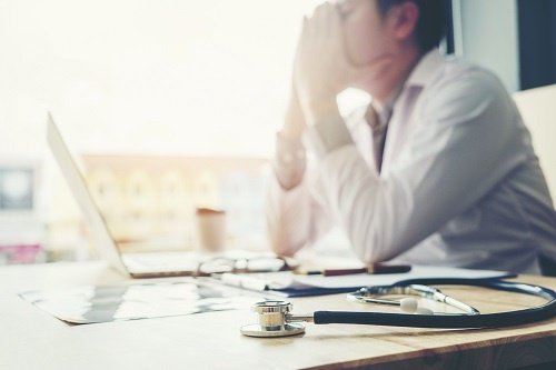6 ways physicians can reduce burnout